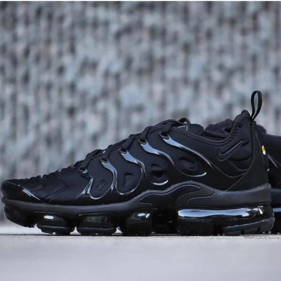 598d48e10c183 Nike Vapormax Plus Triple Black. M 5c3d12cd409c1577bd339ba4